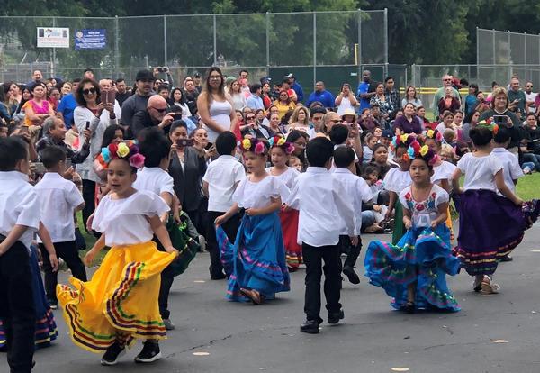 Ladera Palma Elementary (Dual Immersion Academy) Annual Fiesta de Mayo Celebration a Huge Success!