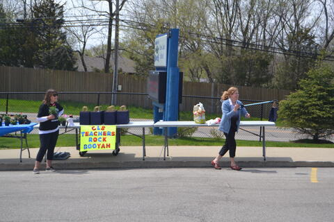 Neighborhood Parade & Teacher Appreciation - Photo #11