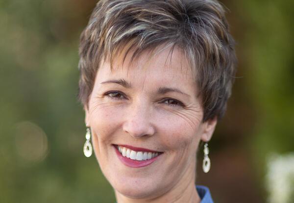 Dr. Denise Herrmann