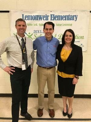 Governor Scott Walker and Lemonweir staff