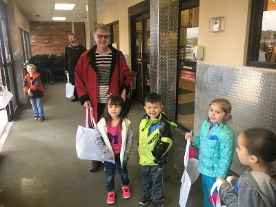 Timber PUPS students help recycle