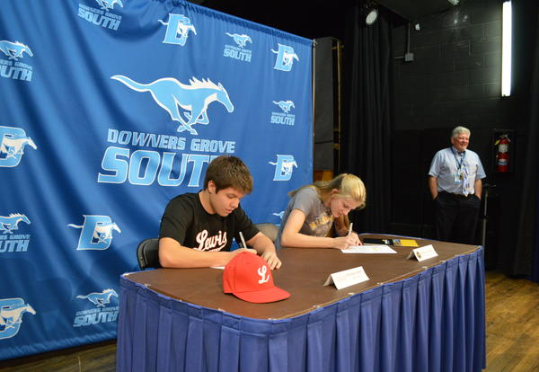 Two DGS athletes sign letter of intent to continue play in college