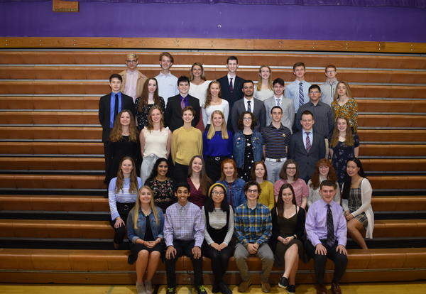 513 District 99 Students Achieve Academic Honors