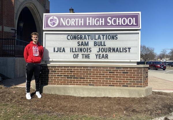 DGN Student Named 2021 Illinois Journalist of the Year