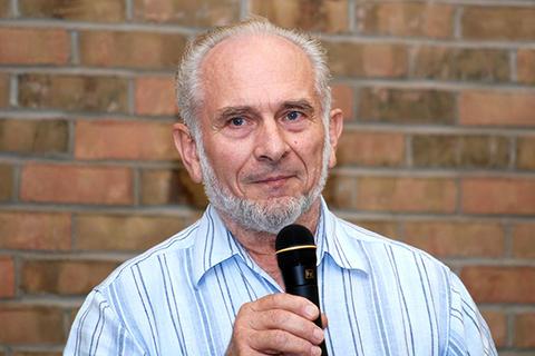 2012: Donald Klassen (MDiv 1970)