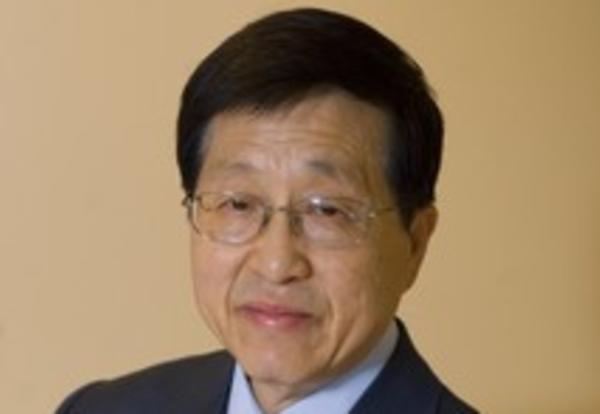 E.Yong Lee's Photo