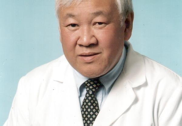 Barry A. Hong '67