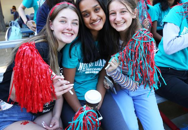 Homecoming Raises Money for Sister Circles