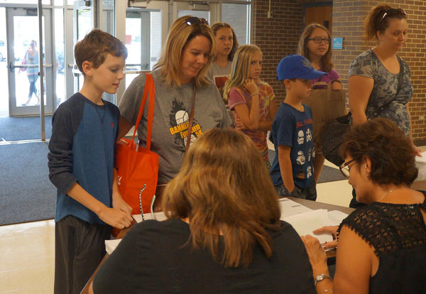 Middle School Families are Invited to Parent/Student Information Day on Wednesday, August 15th