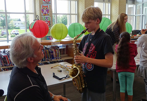 Fifth Graders Explore Instruments at Beginning Band Presentation
