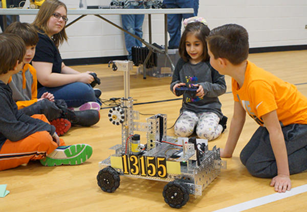 Keller's STEAM Night Combines Creativity and Learning