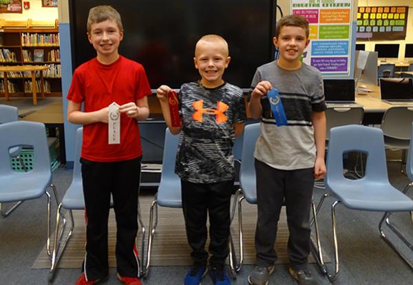 3 spelling bee finalists