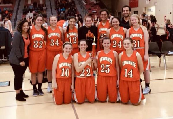 Fresh-Soph Girls basketball places 1st at the Oregon F/S Girls Basketball Tournament