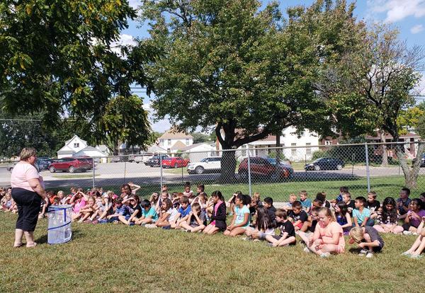 Irving 3rd Graders Release Butterflies