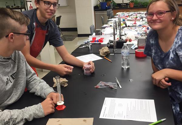 KHS Biology Students study DNA