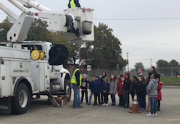 Belle & Irving Students Explore Vehicle Career Day