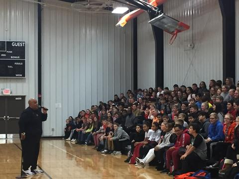 Reggie Dabbs speaks to audience