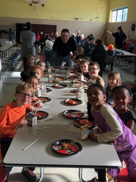 """Belle students at """"Pizza with the Principal"""" party"""