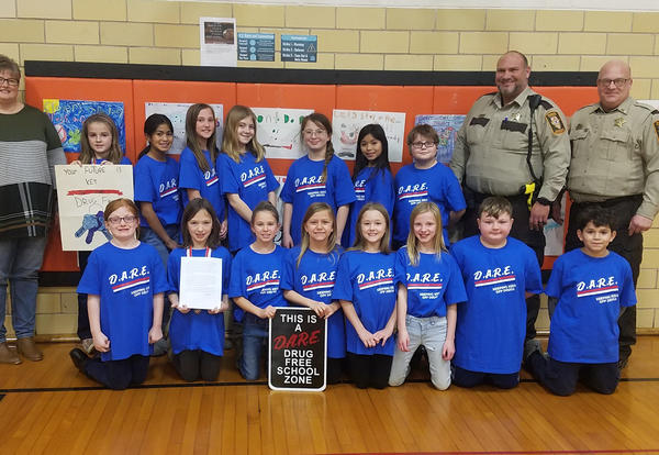 Photo of Neponset DARE graduates 2018