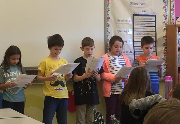 3rd Grade Students reading