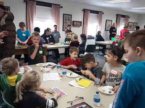 Irving Students at Kewanee Public Library