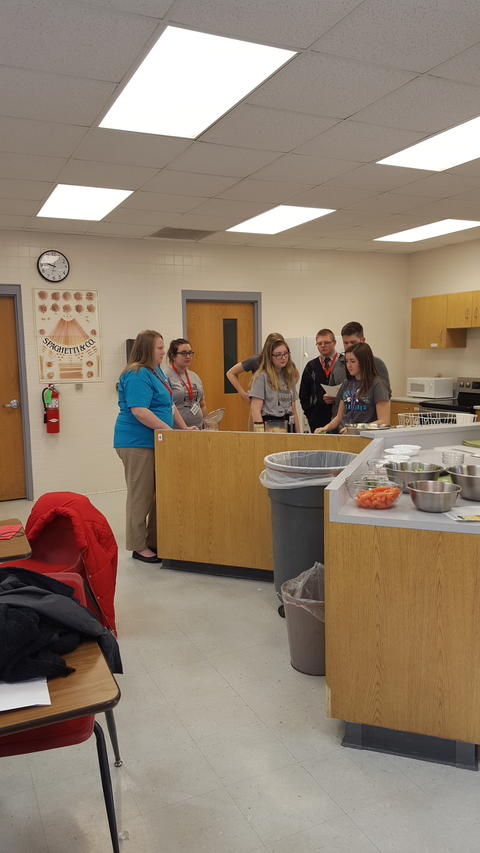 FCCLA Members cooking