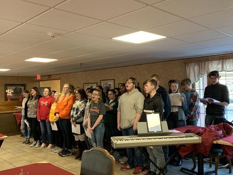 KHS Choir students singing