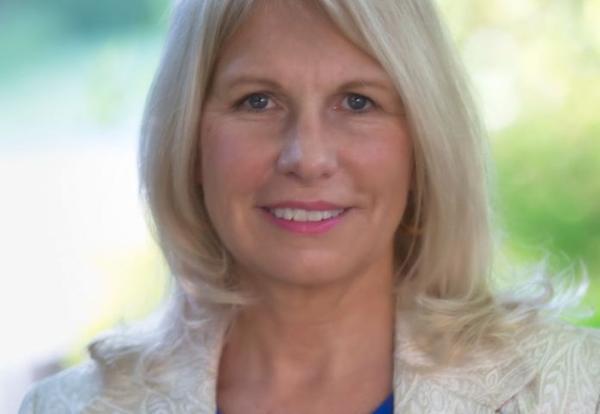 Photo of Superintendent Linda Quinn