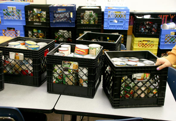 Food crates with food for Vista Food Drive