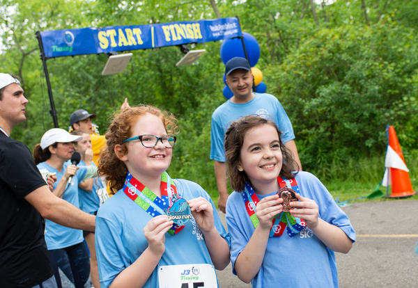 2019 Cove School 5K Run/Walk Supports Scholarships at School