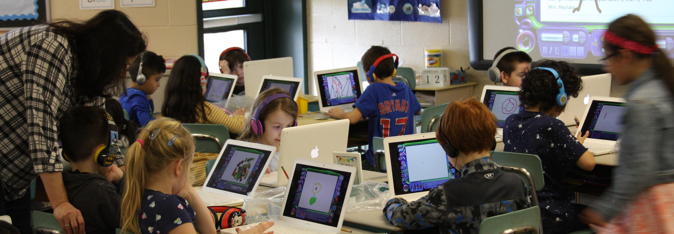 Students drawing on computer