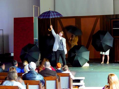 Singin' in the Rain - Photo #20