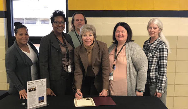 Mayor Lynn Spruill shows appreciation to Millsaps CTE