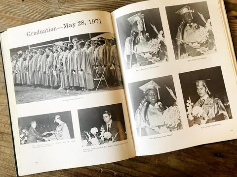 1971 SHS Graduation Yearbook Spread