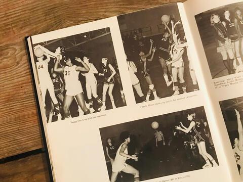 1971 SHS Girls Basketball Team in Action
