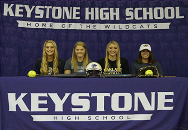 KHS Softball Players Sign Letters of Intent