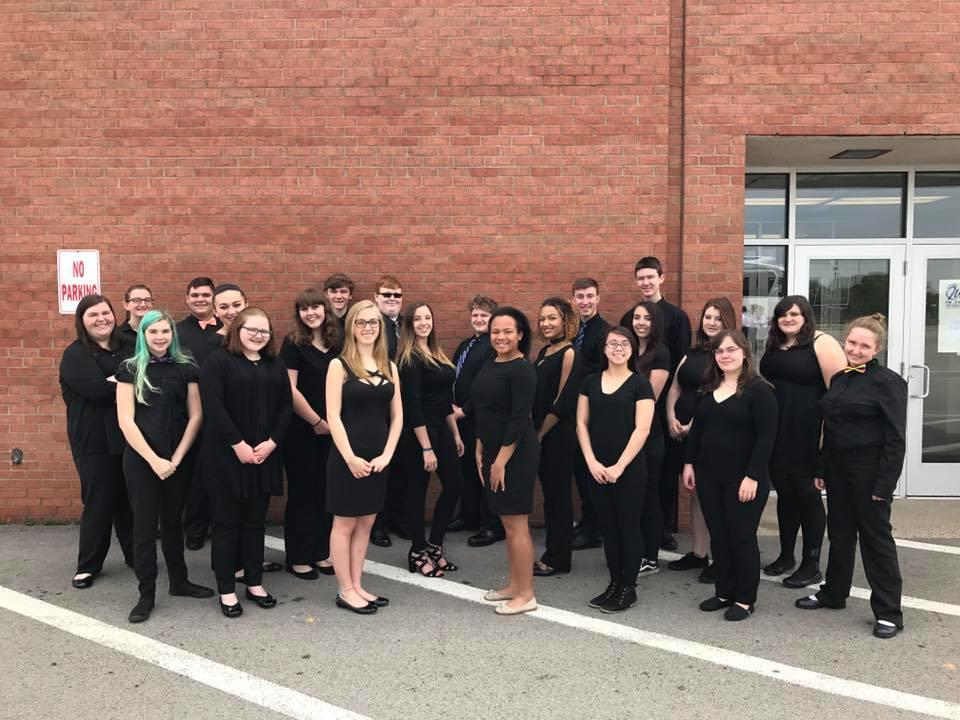 Chamber Choir students gruop picture