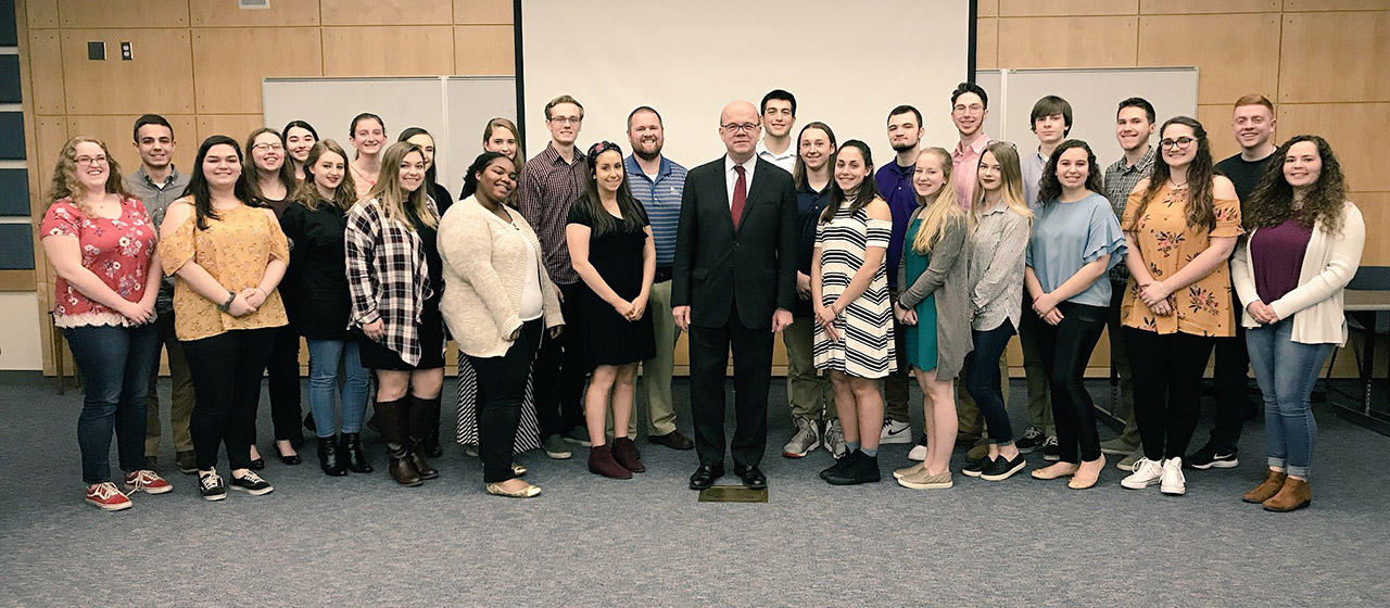 Slider - We The People 2018 meeting with Congressman McGovern