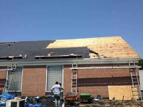 Cafeteria Shingled Roof Back 01