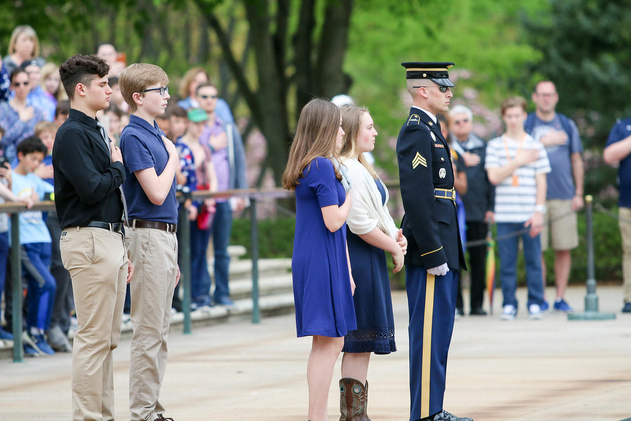 Middle school students at Tome of the Unknown Soldier in DC