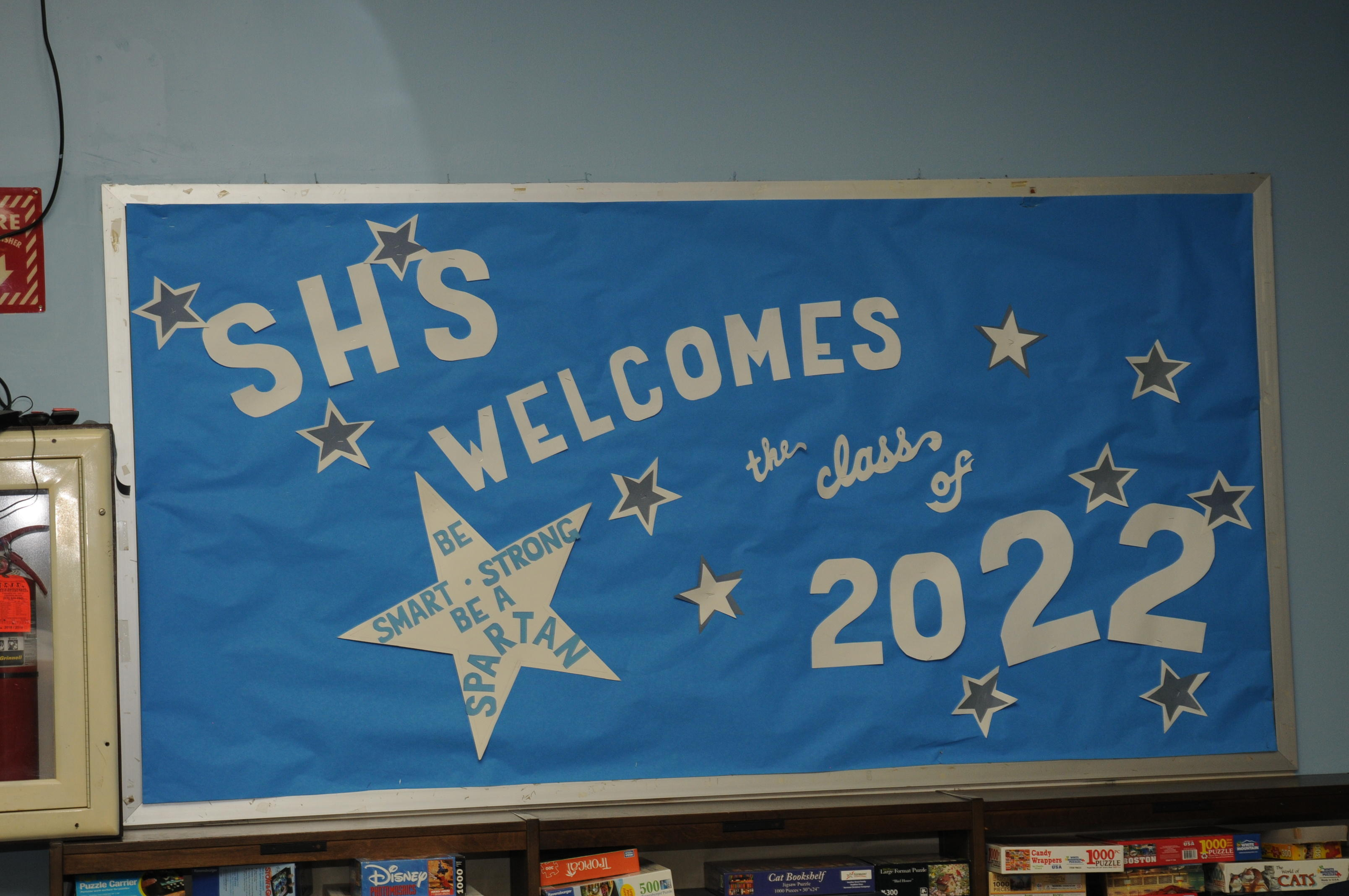 Bulletin board says SHS welcomes the class of 2020