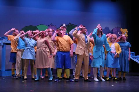 Seussical Spring 2019 - 7209