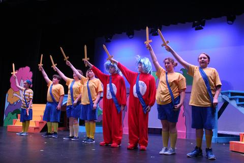 Seussical Spring 2019 - 7335