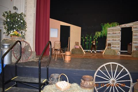 Oklahoma the Musical at Port Jervis Middle School image for DSC 0151
