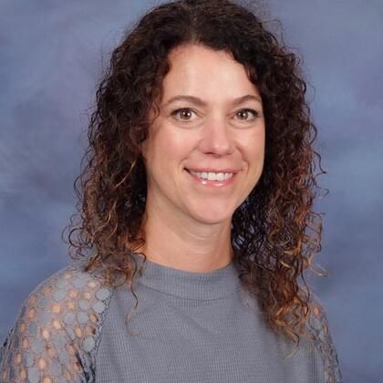 Ms Erin Gunderson