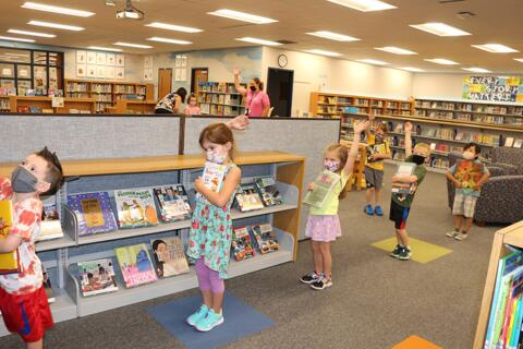 Library Lessons at Riverdale Heights (5)