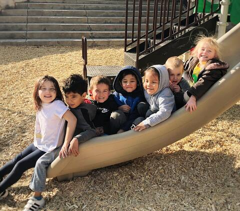 Beech Street Preschool Students Photo 10