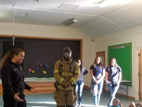 Beech Street Preschool Students Photo 4
