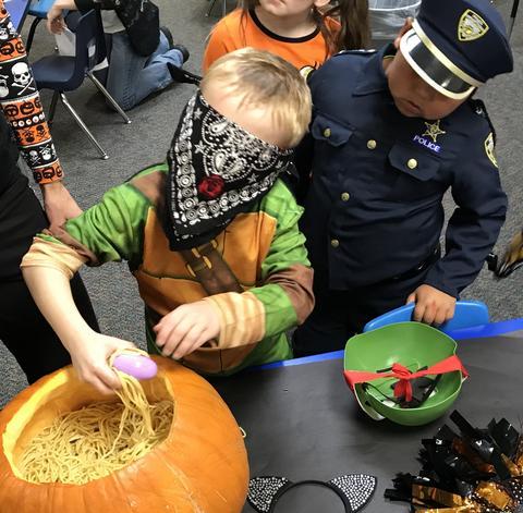 Kids halloween activities - Photo #21