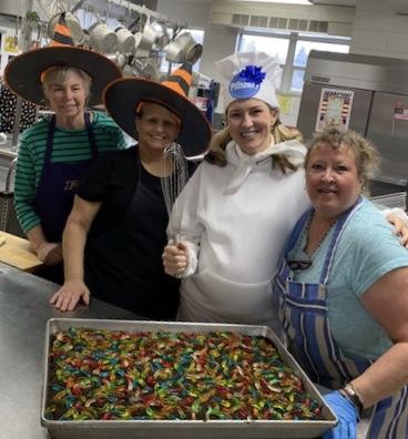 Our kitchen staff - Photo #1